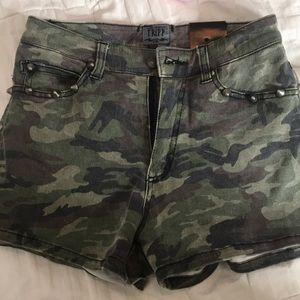 Tripp nyc camp shorts